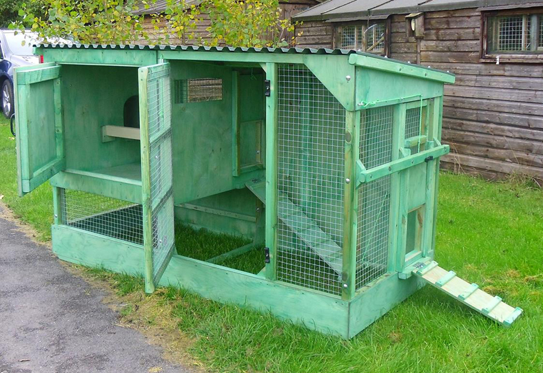 Fewcott Deluxe Two Tier Poultry House 5